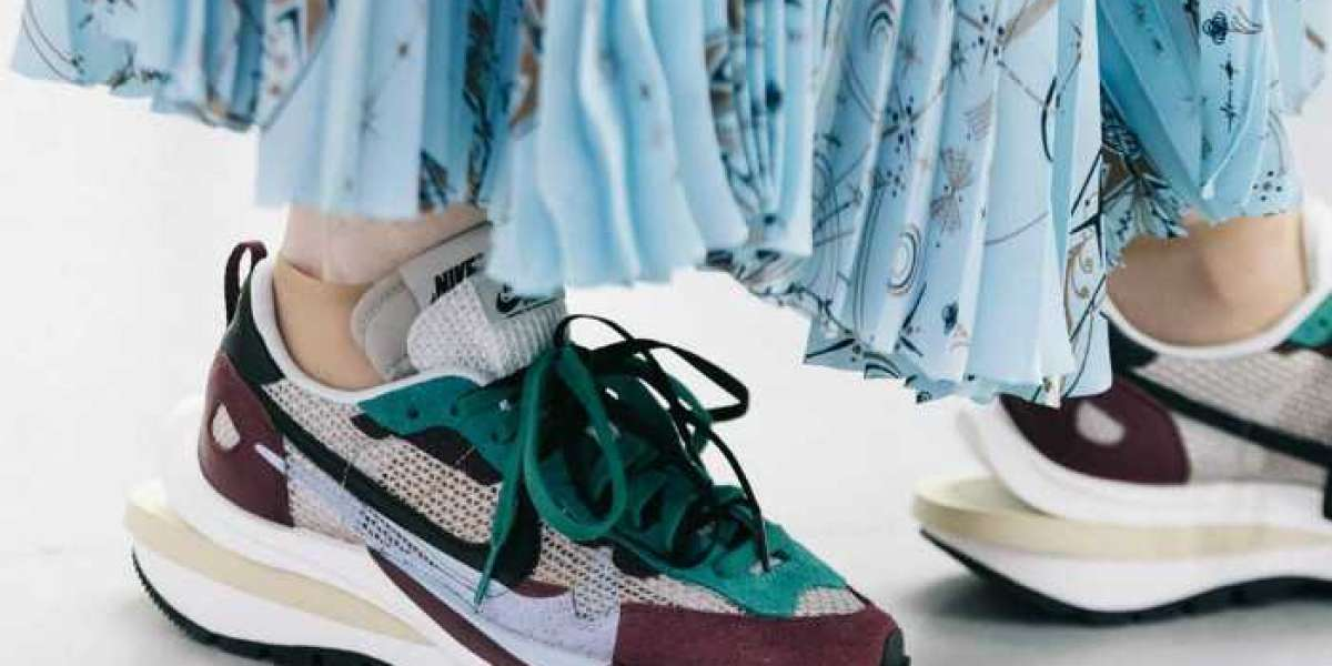 The second round of sacai x Nike Hot Sell is about to begin! CV1363-100&DD3035-200